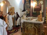 В рождественский сочельник епископ Спиридон совершил Литургию в Свято-Троицком соборе