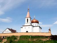 Епископ Спиридон совершил всенощное бдение в Михаило-Архангельском храме Бирска
