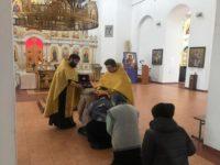 В Свято-Троицком кафедральном соборе города Бирска проводили мощи святителя Луки Крымского и святых бессребренников Космы и Дамиана
