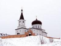 Епископ Спиридон совершил Литургию в Михаило-Архангельском храме города Бирска