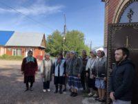 В Покровском храме села Мишкино встретили икону целителя Пантелеимона и совершили Божественную литургию