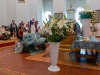 Епископ Спиридон совершил утреню с чином погребения плащаницы Божией Матери в кафедральном соборе Бирска