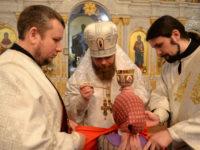 В праздник Рождества Христова епископ Спиридон совершил Литургию в Свято-Троицком соборе