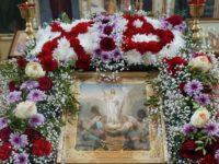В Казанско-Святительском храме Бирска совершен молебен с акафистом Воскресению Христову