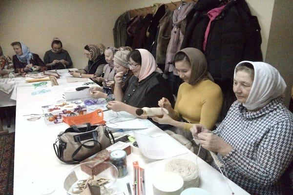 Женский клуб «София» посетил фольклорный ансамбль «Калинушка»