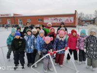 Учащиеся и преподаватели воскресной школы Бирска посетили каток