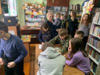 В библиотеке села Николаевка Бирского района состоялась встреча со священником