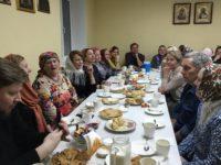 На масленичной неделе женский клуб «София» встретился с ансамблем «Калинушка»