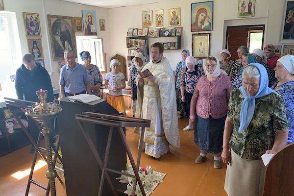 Праздничное богослужение совершено в храме села Калинники Бирского района