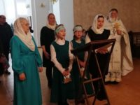 Ученики Воскресной школы г. Бирска исполнили колядки в храмах в праздничные дни Рождества Христова