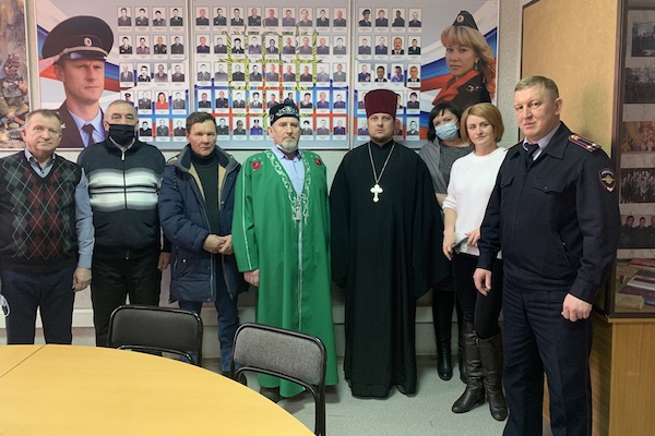 Секретарь епархии принял участие в заседании Общественного совета МВД Бирска