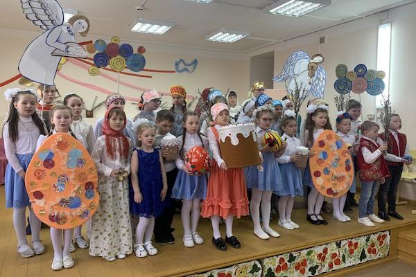 В воскресной школе имени святых Кирилла и Мефодия г. Бирска прошел Пасхальный концерт