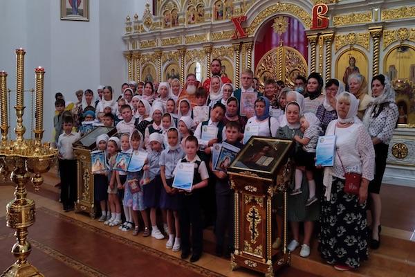 Благодарственным молебном закончился учебный год в Воскресной школе г. Бирска