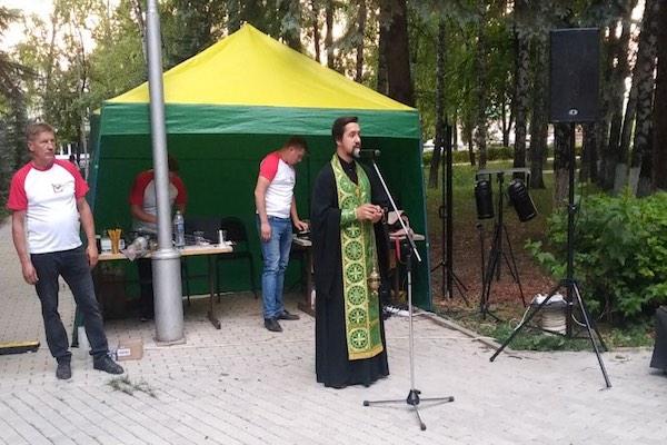В канун 80-й годовщины начала Великой Отечественной войны духовенство кафедрального собора Бирска совершило литию в мемориальном комплексе Парка Победы