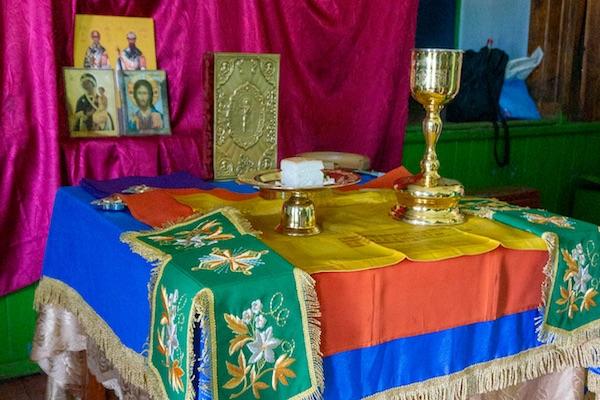 В деревне Круш Караидельского района состолась первая в 21 веке архиерейская Литургия