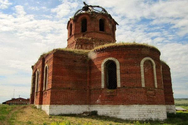 В селе Емашево Бирского района совершен молебен на месте разрушенного храма