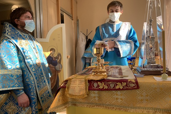 Епископ Спиридон совершил первую Литургию в больничном храме в ЦРБ г. Бирска